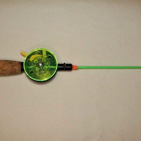 pikkudelfin vihreä jäykkä